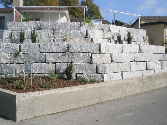 Nachher TessinerGranit Mauer